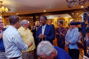 Dr._Ben_Carson_in_New_Hampshire_on_August_13th,_2015_by_Michael_Vadon_25